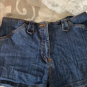 Bill Blass Jeans stretch shorts size 6